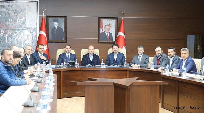"""""""ELAZIĞ VE MALATYA'DA YARALARI HIZLICA SARACAĞIZ"""""""