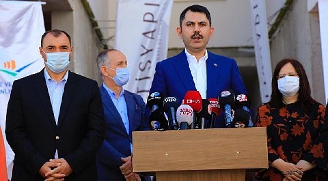 Deprem konutlarının toplam maliyetin 5 milyar lira.