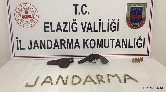 Elazığ'da bir şahıs, 38 kalibrelik tabanca ile yakalandı