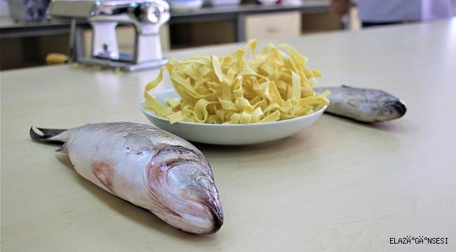 Kokusu gitti, tadı kaldı balık ve kılçığından makarna