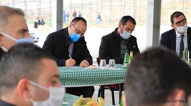 Elazığ'da Vali Erkaya Yırık'ın başlattığı halk buluşmaları sürüyor