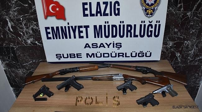 Elazığ'da aranan 40 kişi tutuklandı