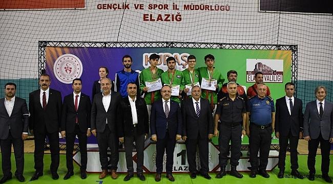 Kuraş Türkiye Şampiyonası başladı